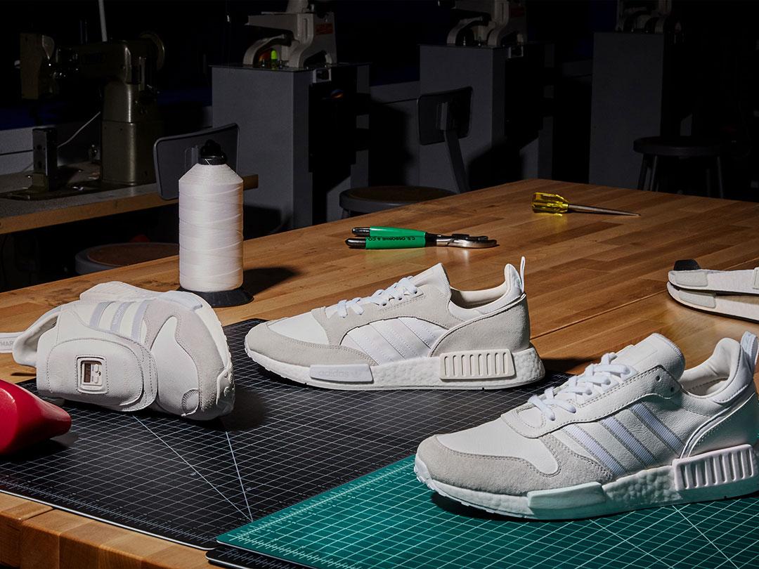 adidas Originalsより洗練された純白カラーを纏ったスニーカーが登場!