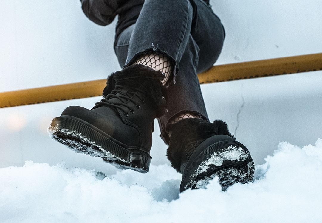 ドクターマーチンより冬の環境に適したウィンターグリップブーツが登場!