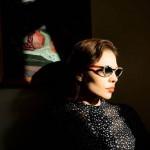 Ray-Banとニーナ・クラヴィッツのコラボによるフェミニンなキャットアイサングラスが登場♡