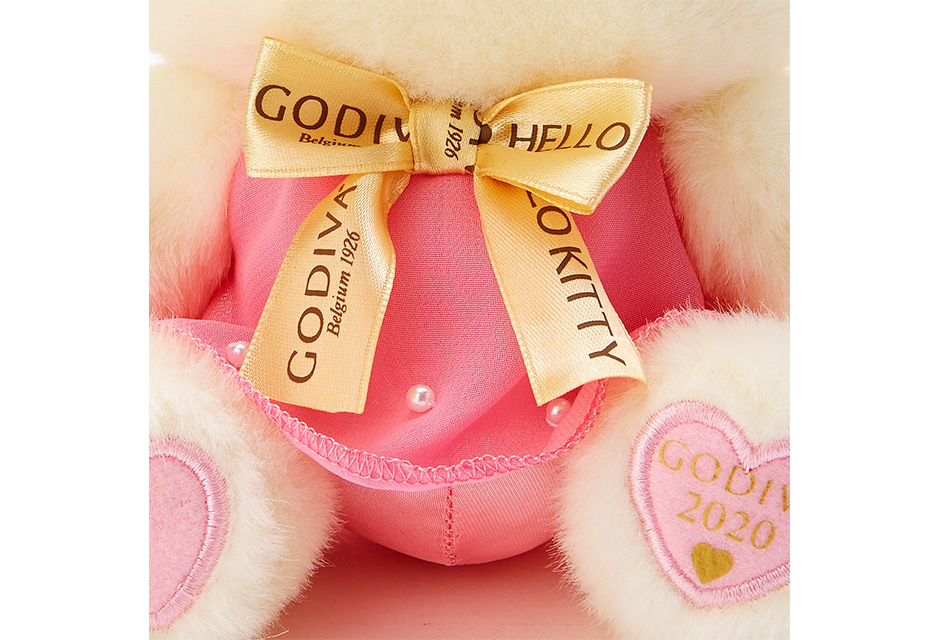 サンリオキャラとGODIVAのバレンタイン限定ギフトセットが発売