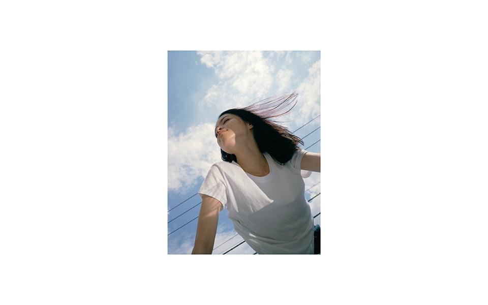 NYLONでも活躍するモデル 萌仁花がオリジナルのZINEを発売♡