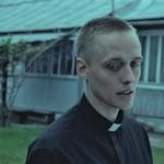 俳優も監督も題材も注目のポーランド映画『聖なる犯罪者』