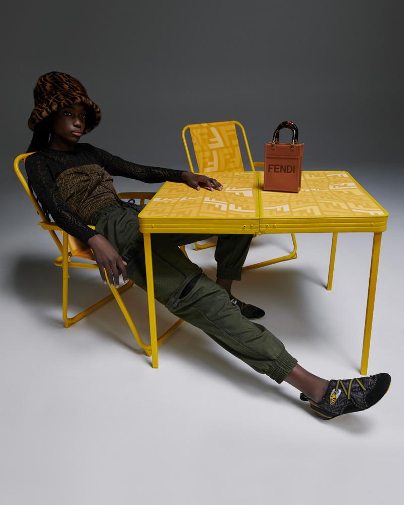 フェンディがサラ・コールマンとのコラボレーションによる2021年サマーカプセルコレクションを発表